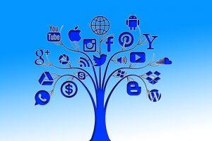 social-media-1391680__340
